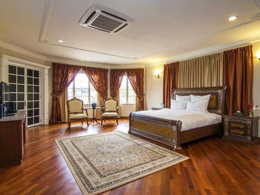 Kenong Customary Suite